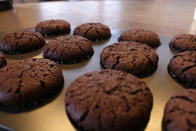 Gluten Free Chocolate Cupcakes: 3ten.ca