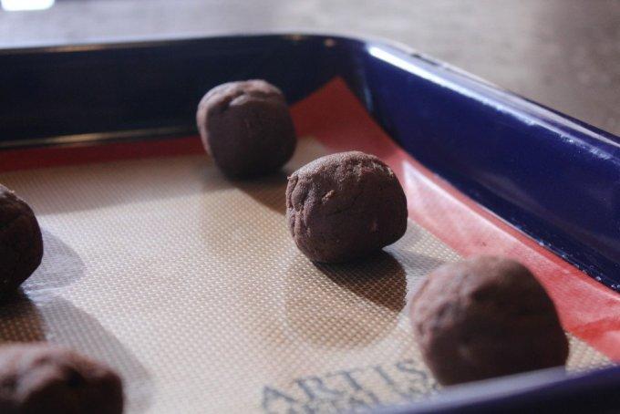Chocolate Sprinkle Cookies: 3ten.ca