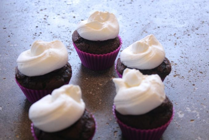 Black Forest Cupcake: 3ten.ca