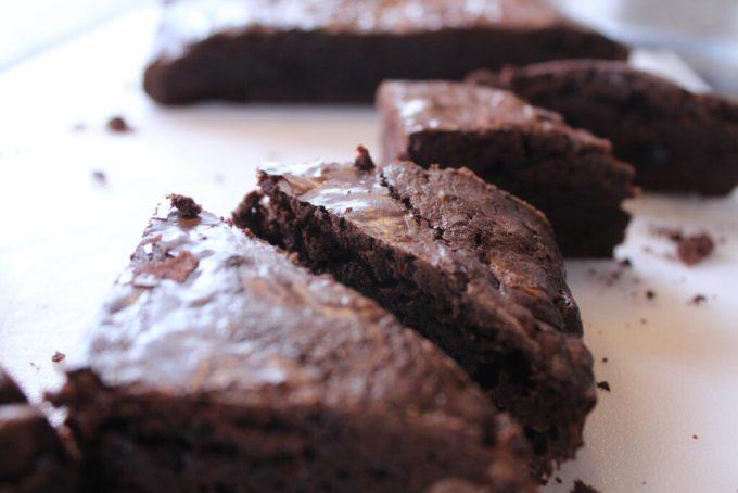 Fudgy Brownie: 3ten.ca