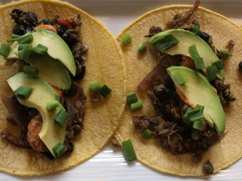 Black Bean and Lentil Tacos: 3ten.ca