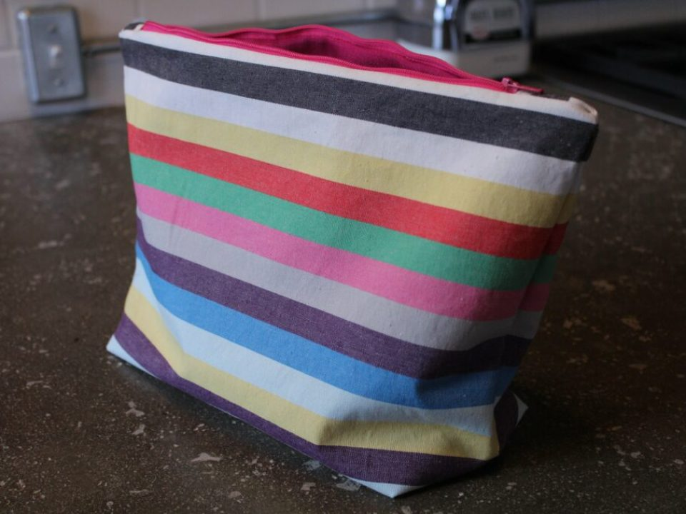 DIY Makeup Bag: 3ten.ca