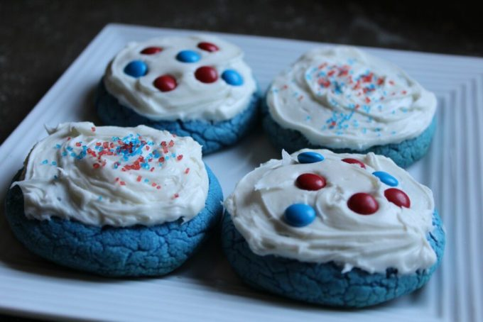 Independence Day Blue Velvet Iced Cookies: 3ten.ca