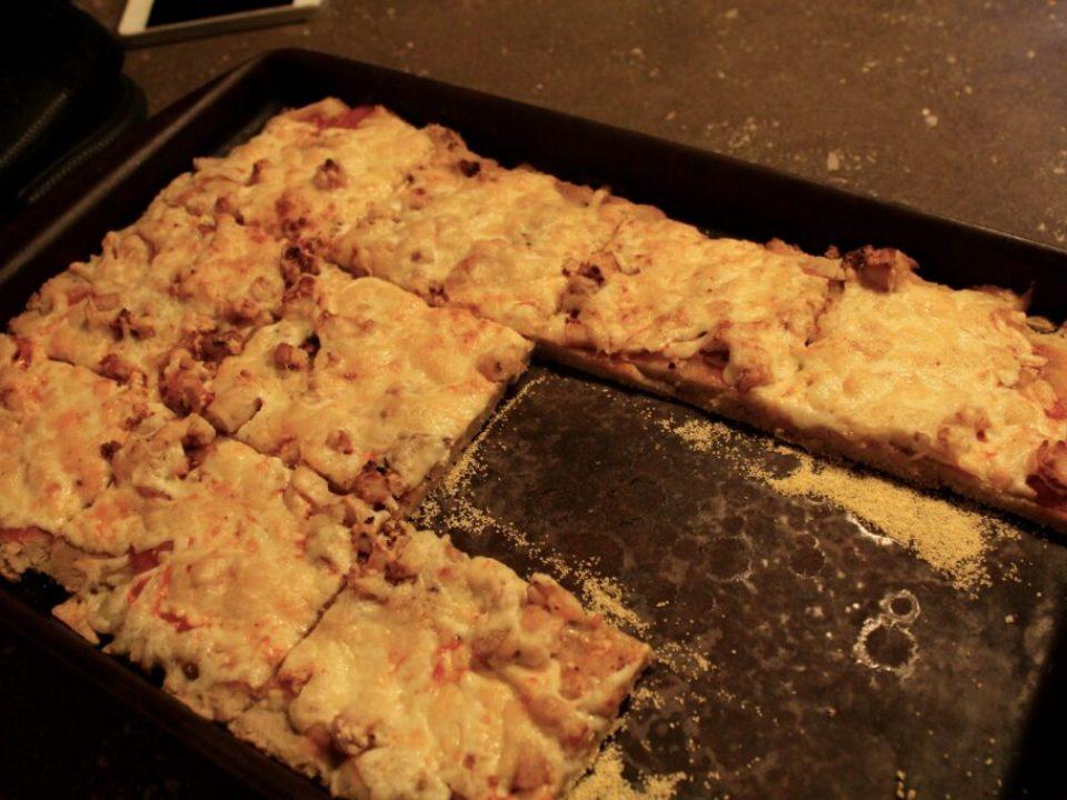 Buffalo Chicken Pizza: 3ten.ca