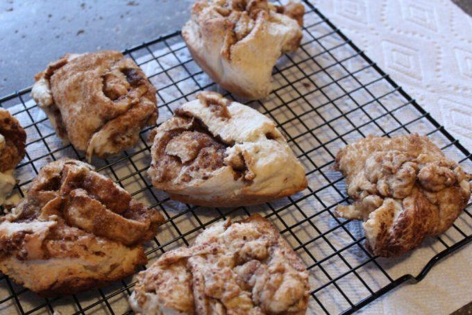 Cake Mix Cinnamon Rolls: 3ten.ca