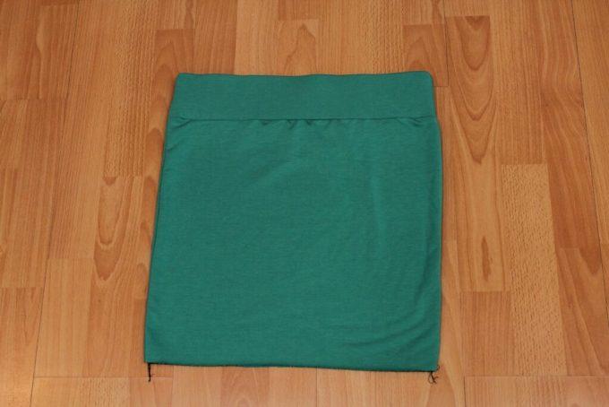 High-waisted Mini-skirt: 3ten.ca