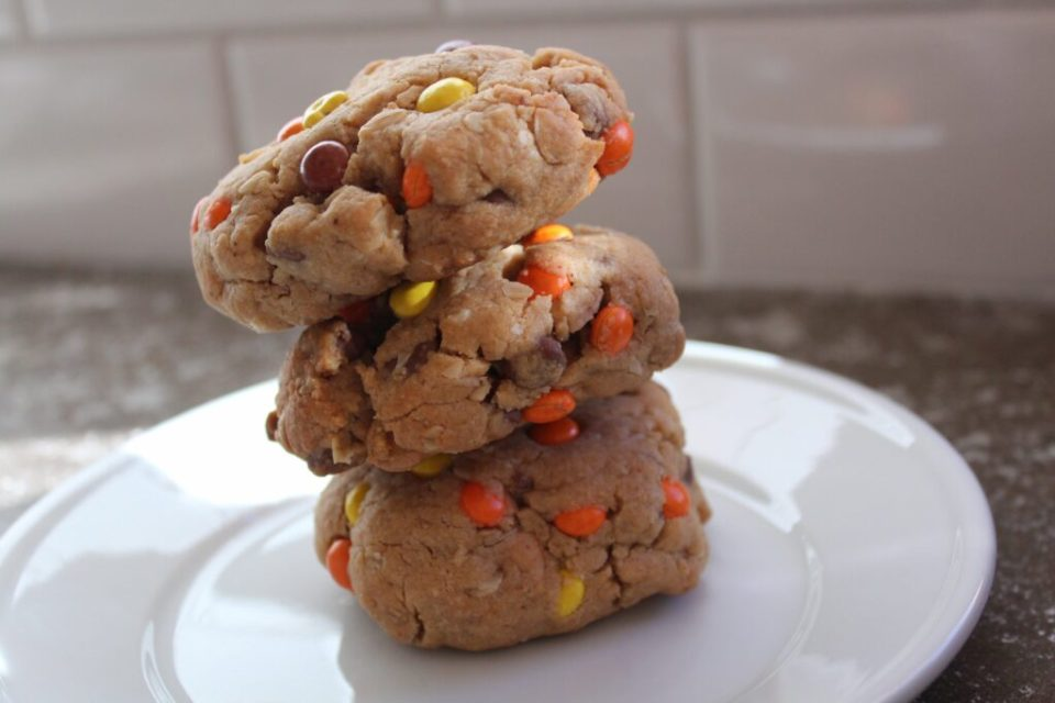 Reese's Monster Cookies: 3ten.ca