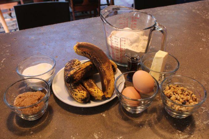 Gluten Free Banana Bread: 3ten.ca