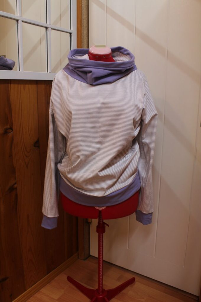 Two-Toned Cowl Neck Sweatshirt: 3ten.ca