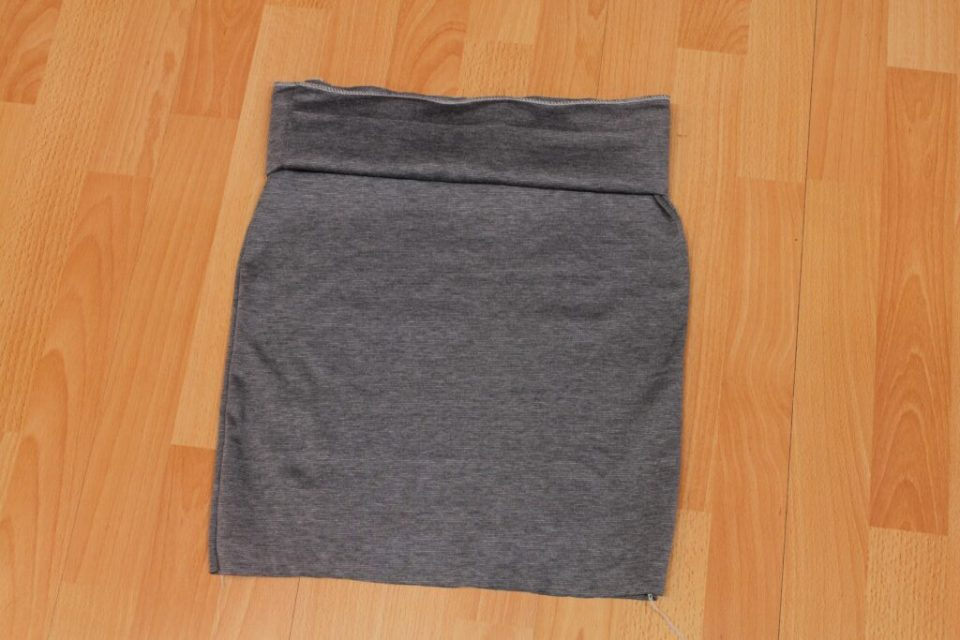 Leather Trimmed Pencil Skirt: 3ten.ca