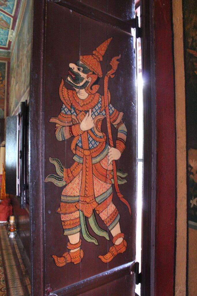Wat Phnom Phnom Penh Cambodia: 3ten.ca