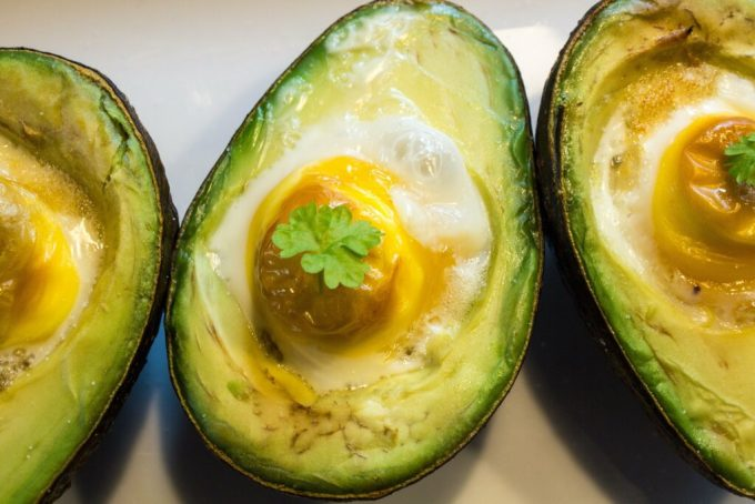 Avocado Egg Bake: 3ten.ca