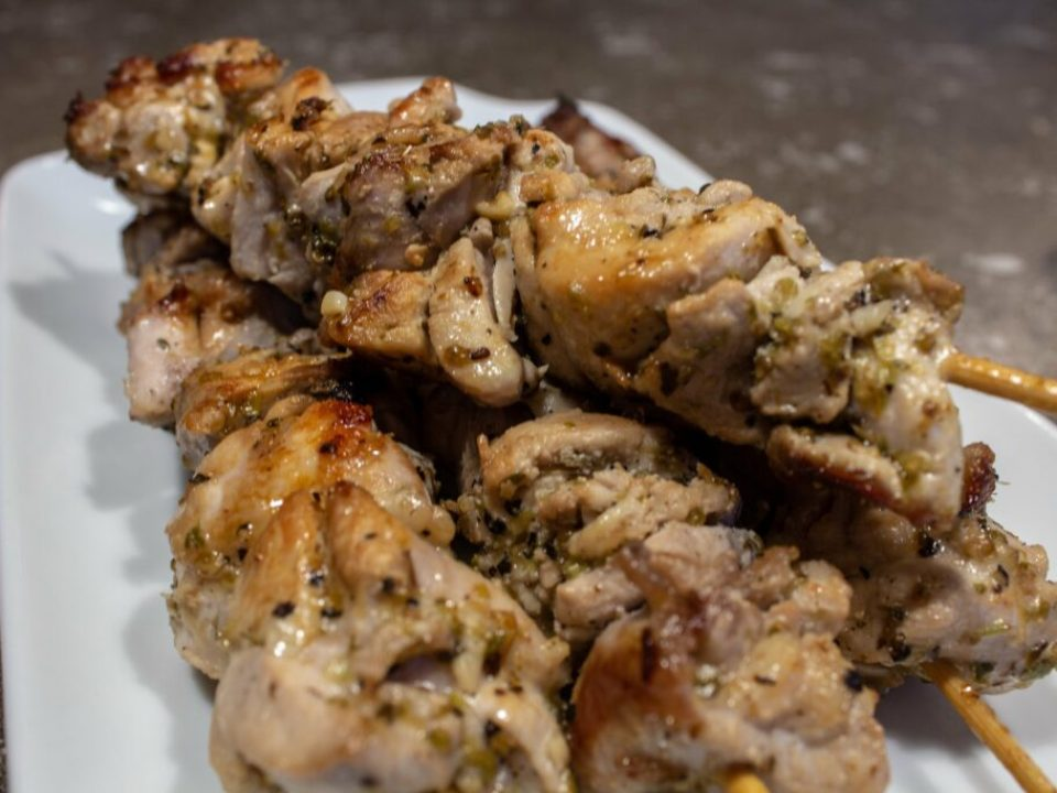 Easy Chicken Souvlaki: 3ten.ca