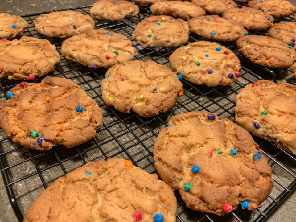 Crunchy Rainbow Cookies: 3ten.ca
