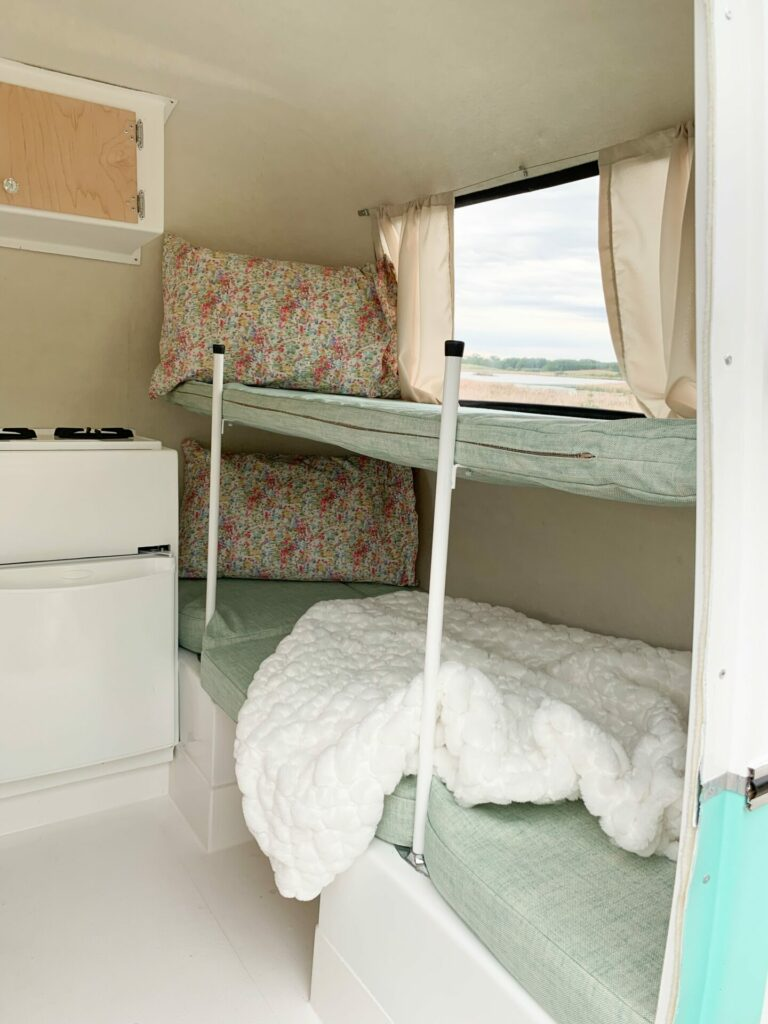 Trailer Bunk Beds: 3ten.ca