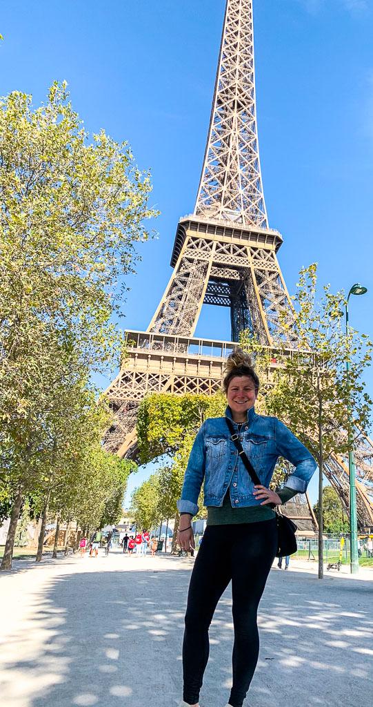 Eiffel Tower: 3ten.ca