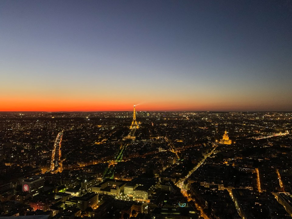 Montparnasse Tower Night: 3ten.ca