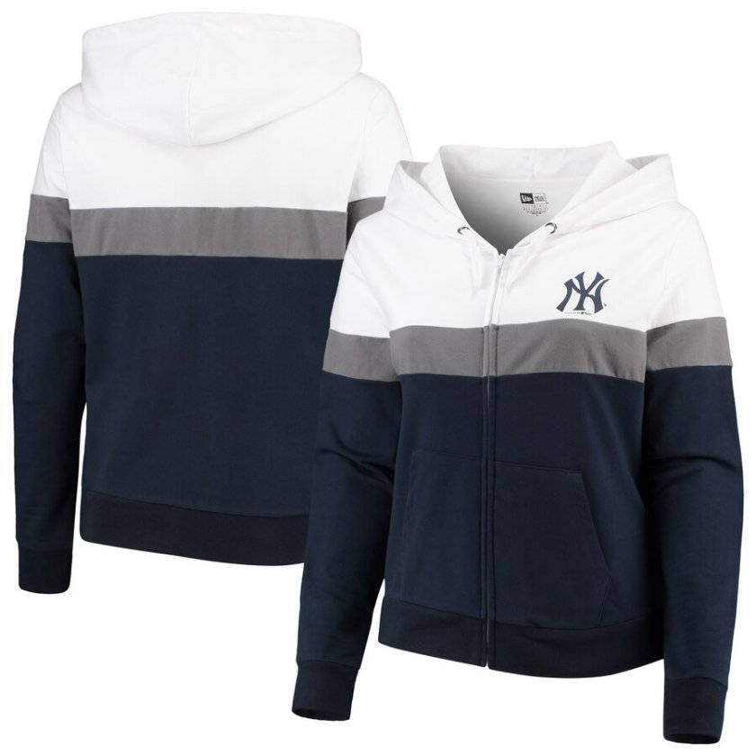 Plus Size Yankees Gear on Clearance
