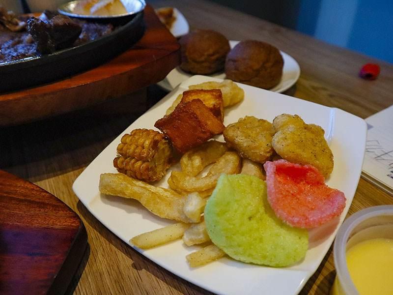 新竹牛排,牛室炙燒牛排,新竹吃到飽,新竹火車站,新竹聚餐