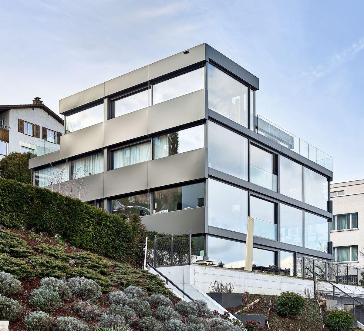 Synfnity Kilchberg, Haus aus Glas, Fassadenlösung von 4B