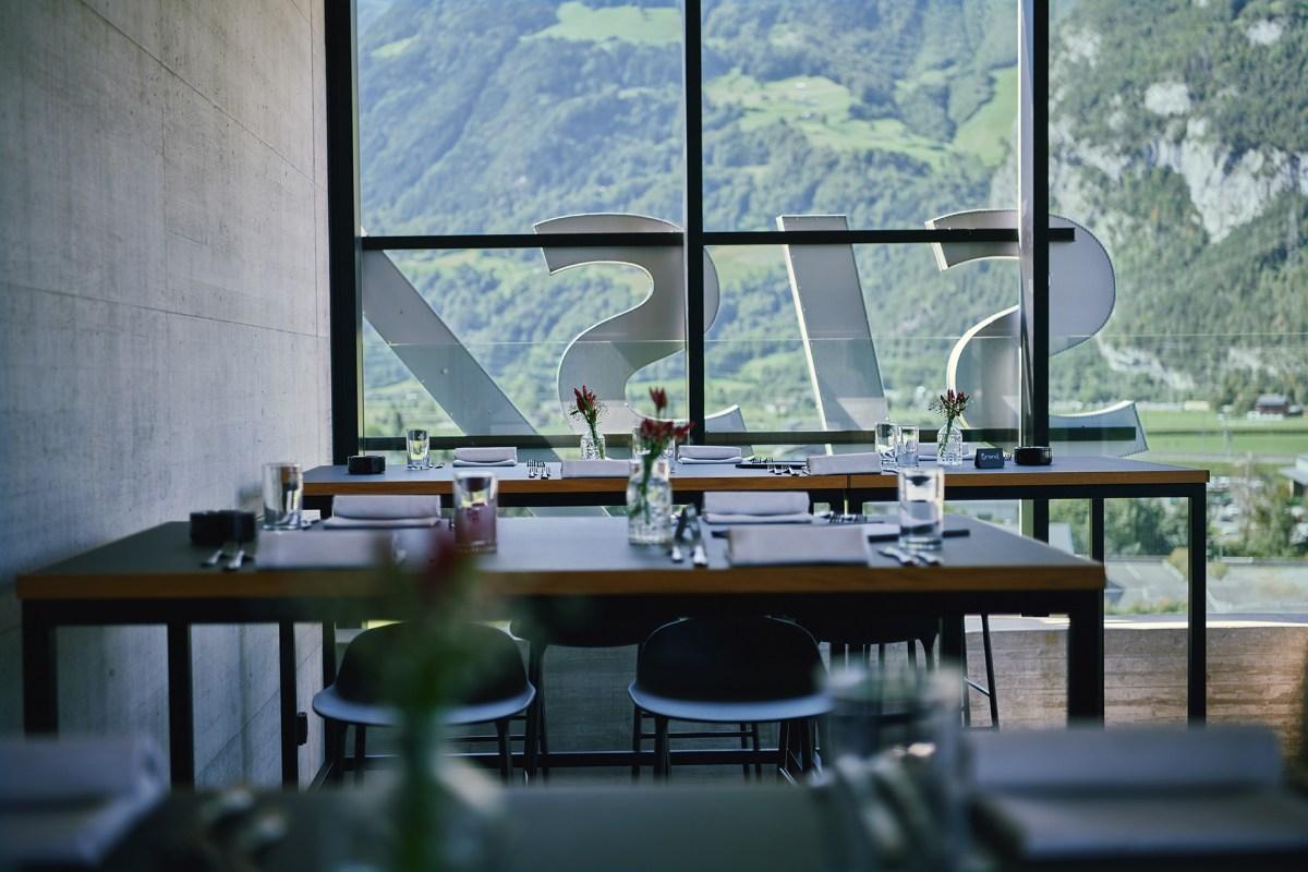 Restaurant vom Siscampus in Schattdorf mit Aussicht