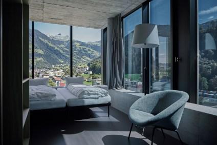 Hotelzimmer im SisCampus mit dimmbaren Fenstergläsern