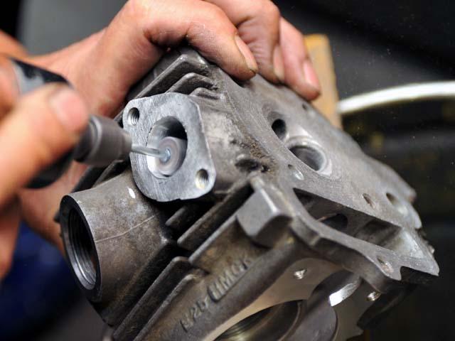 エンジンのポート加工 - モンキー用エンジン