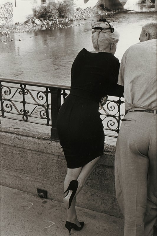 Marilyn Monroe From Behind At Rivers Edge On The Set