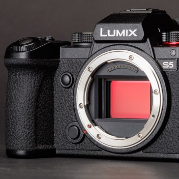 Panasonic announces HLG plug-in for Photoshop CC, adds Raw video modes to S-series cameras