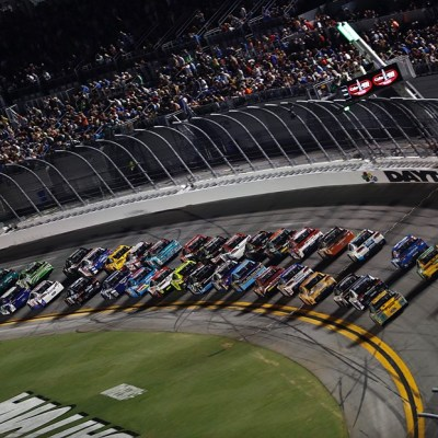 Fox Sports adds FPV cinema drones to its coverage of Daytona 500