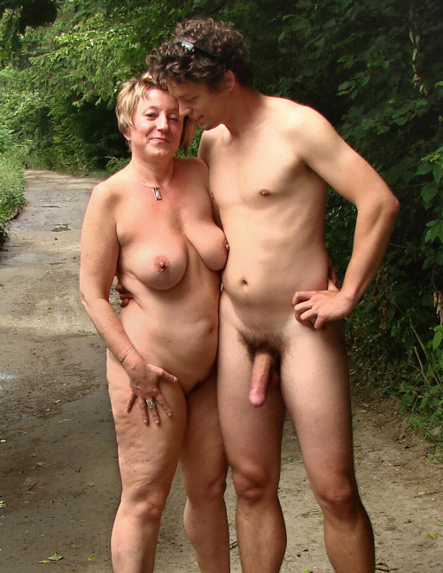 brother sisters nude dare