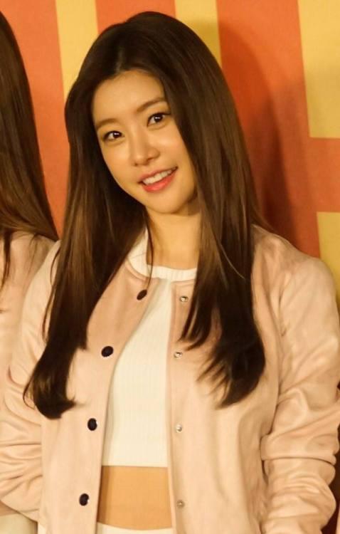 girl and fashion,Korean Girls,Korean,Model,Dream Girls,Korean Model,Korean Girl,korea, beautiful,Pop idol, SoJin (Girls Day), SoJin,Girls Day,Sexy Set Pics,Lovely Set Pics,Hot Set Pics,