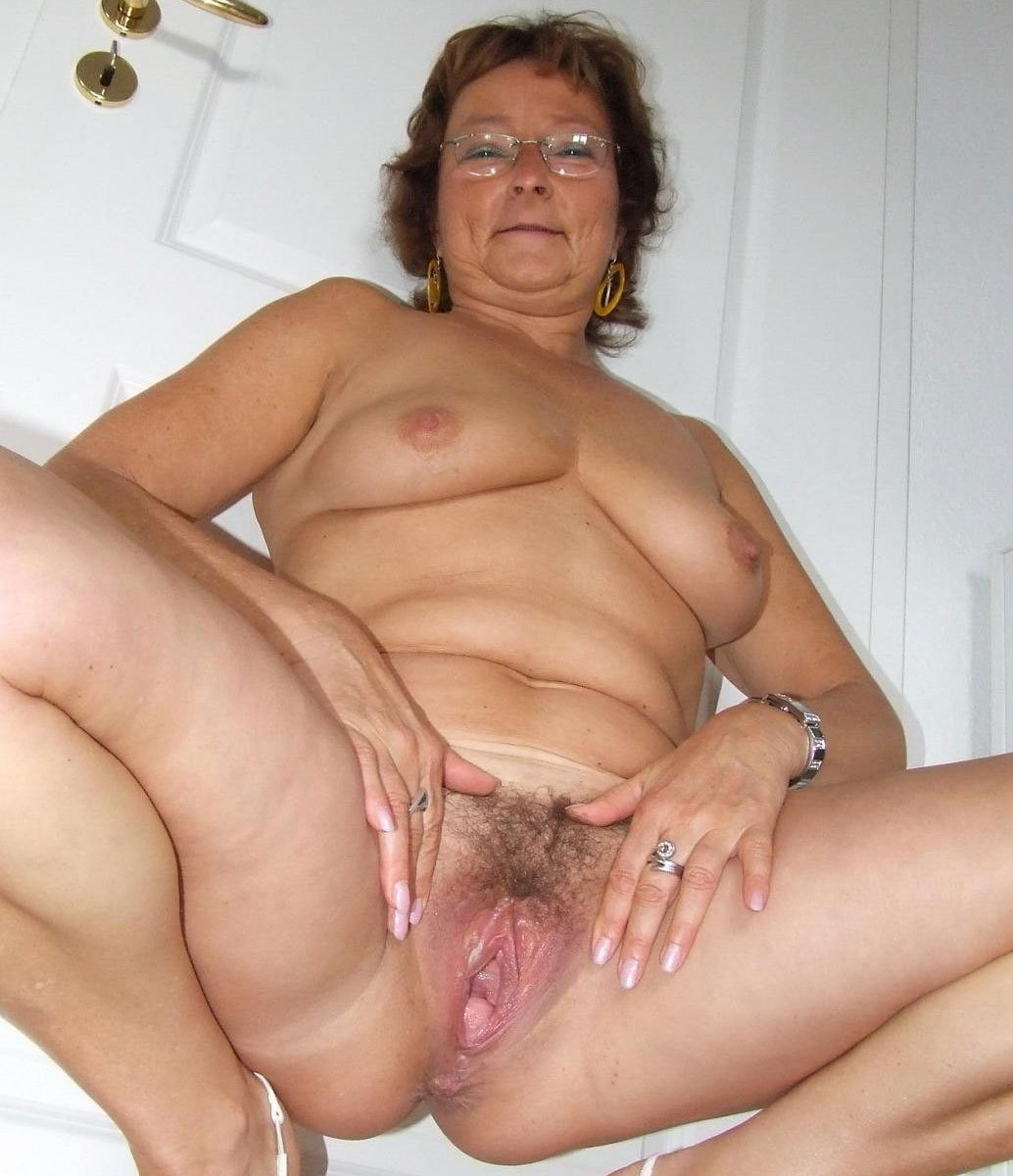 Tits showing chat Sex mom fuck