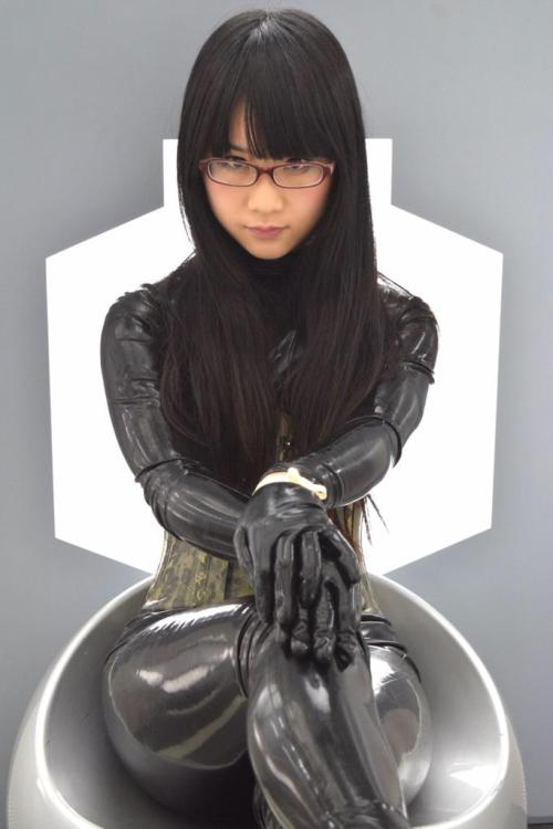 Rubber asian with sexy glasses (eri kitami)