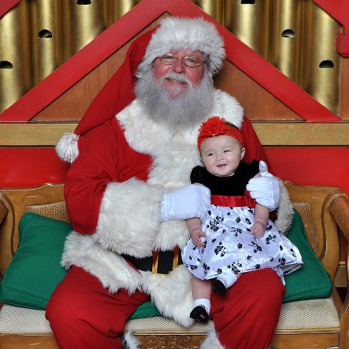Obligatory Santa picture (at Stamford Town Center). Santa told me that Emma wanted a Mercedes. Good luck with that one Emma! Caviar dreams my dear….