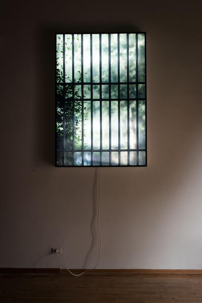 Vanni Meozzi, Rear Window, 2013, lightbox © Claudia Gori 2015 | PRATO Tempo Reale a cura di Laura Capuozzo, Alessandro Gallicchio, Margherita Nuti, Stefania Rinaldi