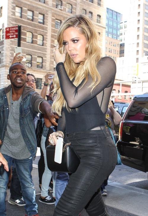 alldasheverything: Khloe heading to the Yeezy Season 2 show - September 16, 2015