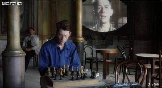 John Hurt,Richard Burton,John Hughes,Cyril Cusack,Annie Lennox,113 Dak.,1984,Bin Dokuz Yüz Seksen Dört,George Orwell,Michael Radford,İngiltere,ABD,Nineteen Eighty-Four,Nostalji,Nineteen Eighty-Four