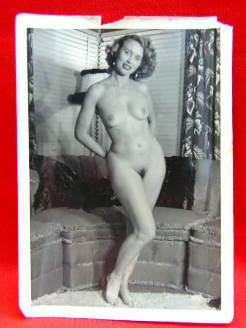 gorgeous retro wife