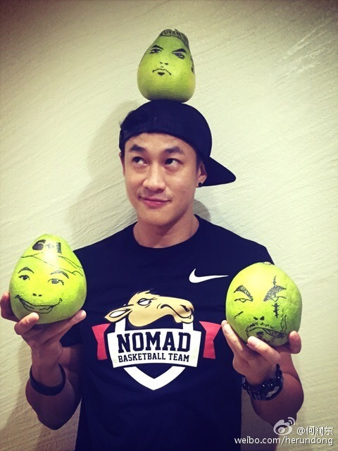 Peter Ho with pomelos