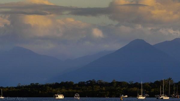 Pyramid Hill Cairns