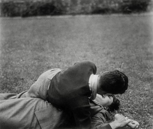 superbestiario:</p><br /><br /><br /><br /> <p>Photos trouvées © Anonymes, showing at Maison de la Photographie Robert Doisneau. Image courtesy Mois de la Photo.<br /><br /><br /><br /><br />