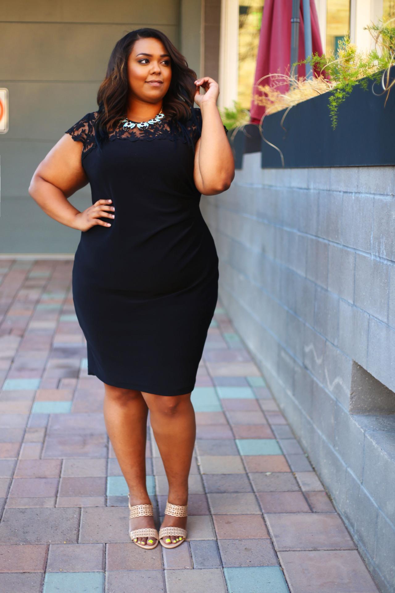 menlovecurves:  Nicole Simone