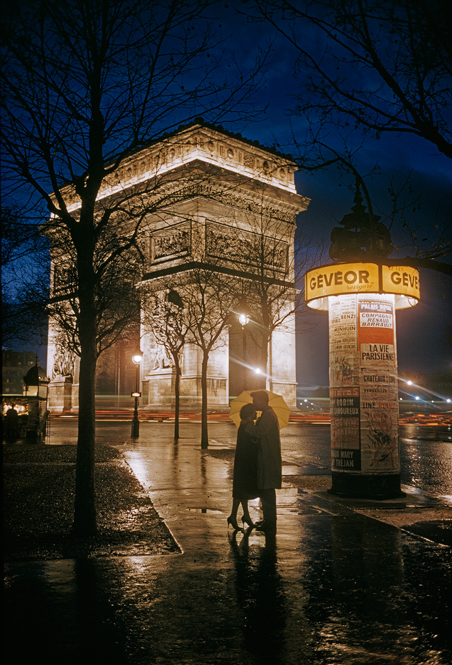 Young lovers embrace beside the Arc de Triomphe in Paris, 1960.Photograph by Thomas Nebbia, National Geographic Creative