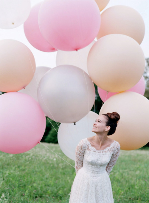 giant balloons pink peach white