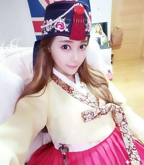 koreangirls.co,girl and fashion,Korean Girls,Korean,Model,Dream Girls,Korean Model,Korean Girl,korea, beautiful,Pop idol,Sexy Set Pics,Lovely Set Pics,Hot Set Pics,