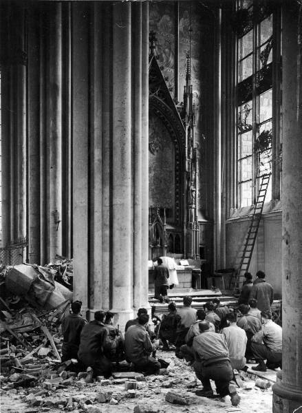 christianitas:</p> <p>Cologne Cathedral, 1945.<br />