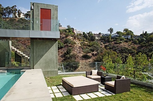 Chris Brown's Mansion