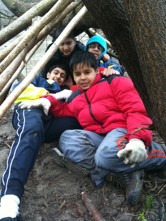 Leave No Trace principles and emergency shelter building