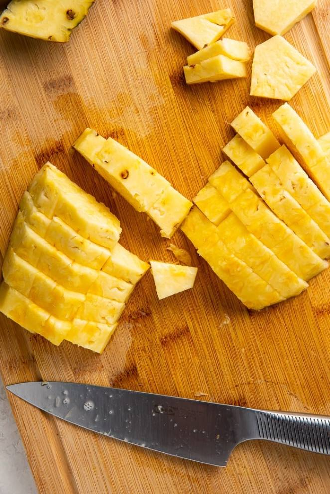 Pineapple cut into slices